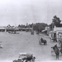 http://web02.wyndham.vic.gov.au:80/hipres/images/local_history/147.jpg