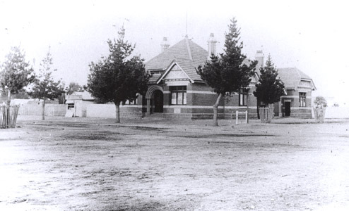 http://web02.wyndham.vic.gov.au:80/hipres/images/local_history/33.jpg