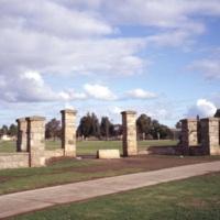 Chirnside (Corpus Christi) Gates.jpg